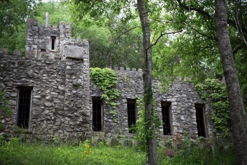 castle1post